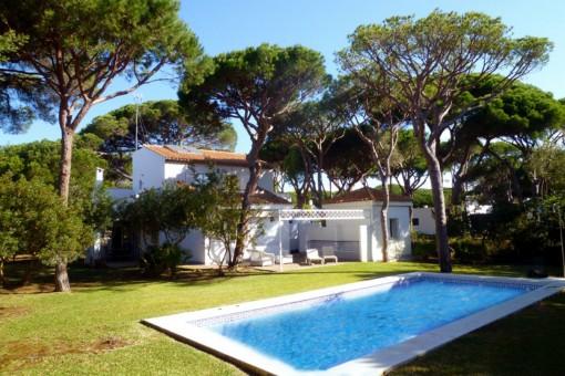 Casa romántica con piscina en Conil de la Frontera, Cádiz