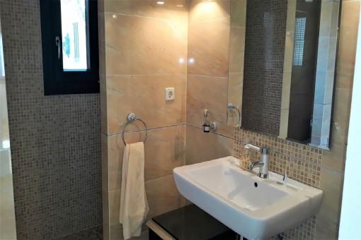 La ducha con tocador