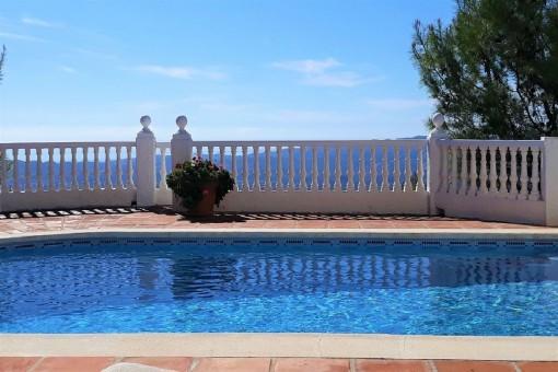 Fantásticas vistas desde la piscina