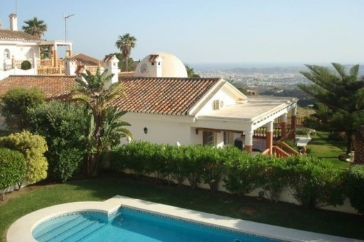 Encantadora villa con vistas panorámicas en Mijas