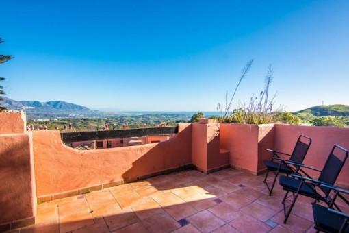Ático con impresionantes vistas cerca de Marbella