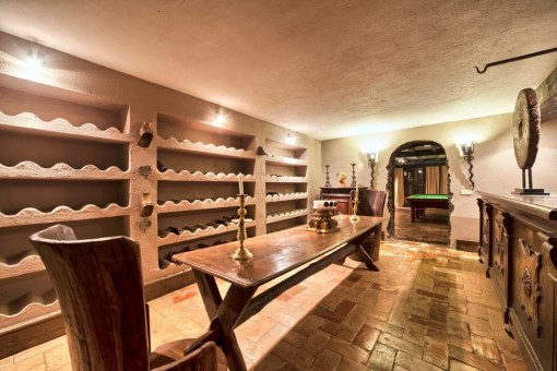 Bodega de vinos y un bar