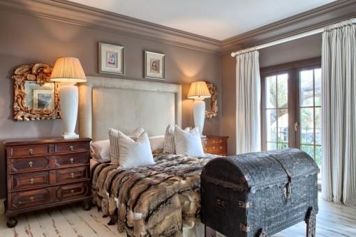 Precioso dormitorio de huéspedes en la primera planta