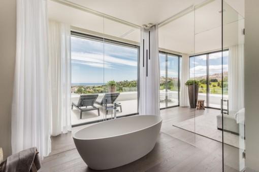 Baño en suite purista