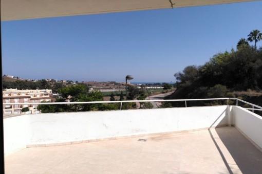 Terraza con vistas lejanas