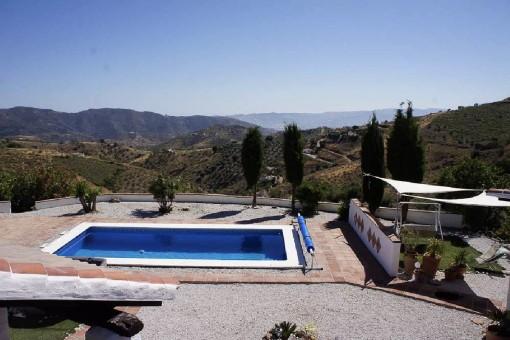 Fantásticas vistas a la montaña y piscina