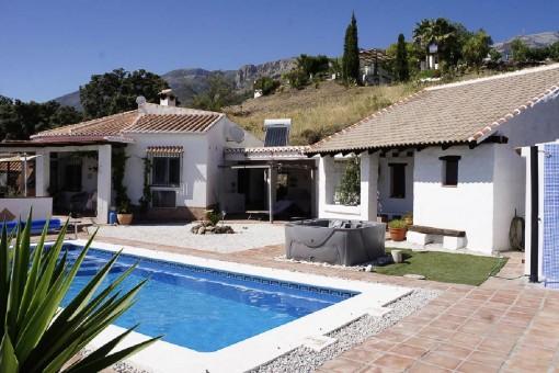 Fantástica casa de campo con casa de invitados en Canillas de Aceituno, Málaga
