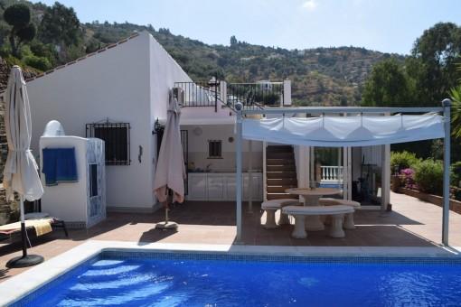 Villa in Sayalonga para vender